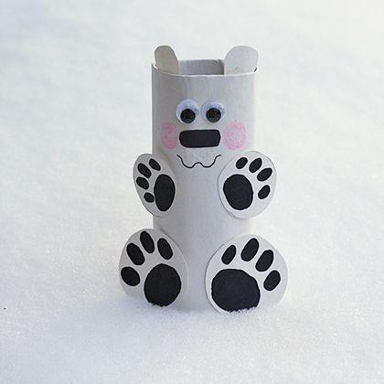 Cardboard tube polar bear 420
